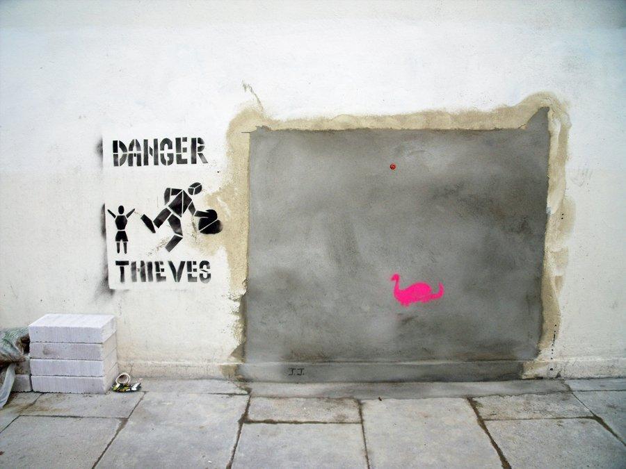 Tumblr - Banksy stolen