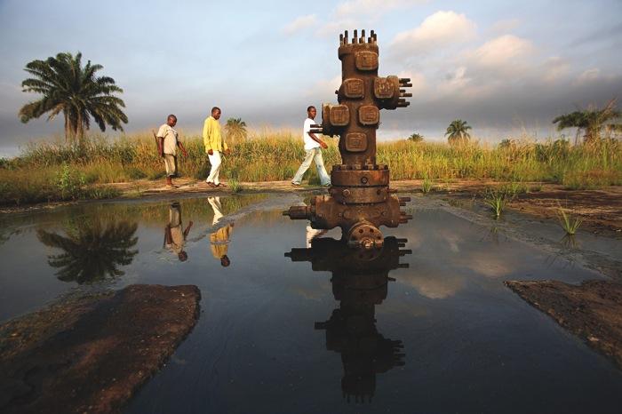 Tumblr - Nigerian Delta, pipeline totem
