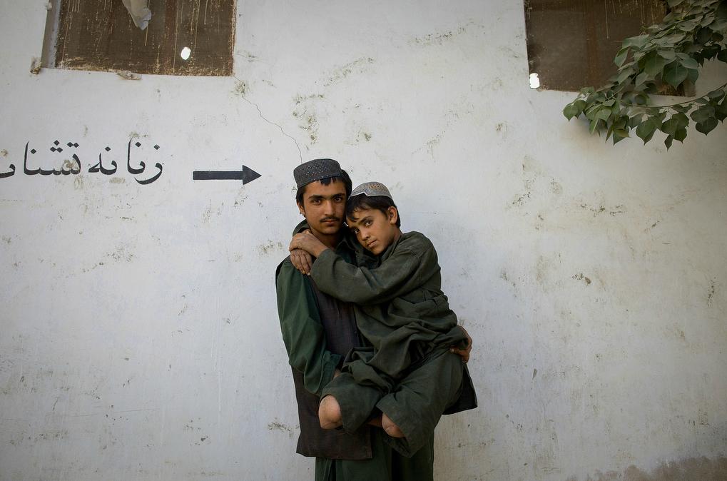 Tumblr - Afghan child amputee