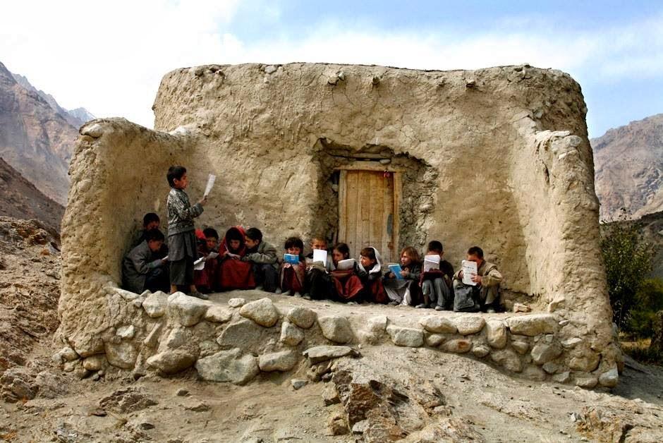 Tumblr - Afghan school children in ruin