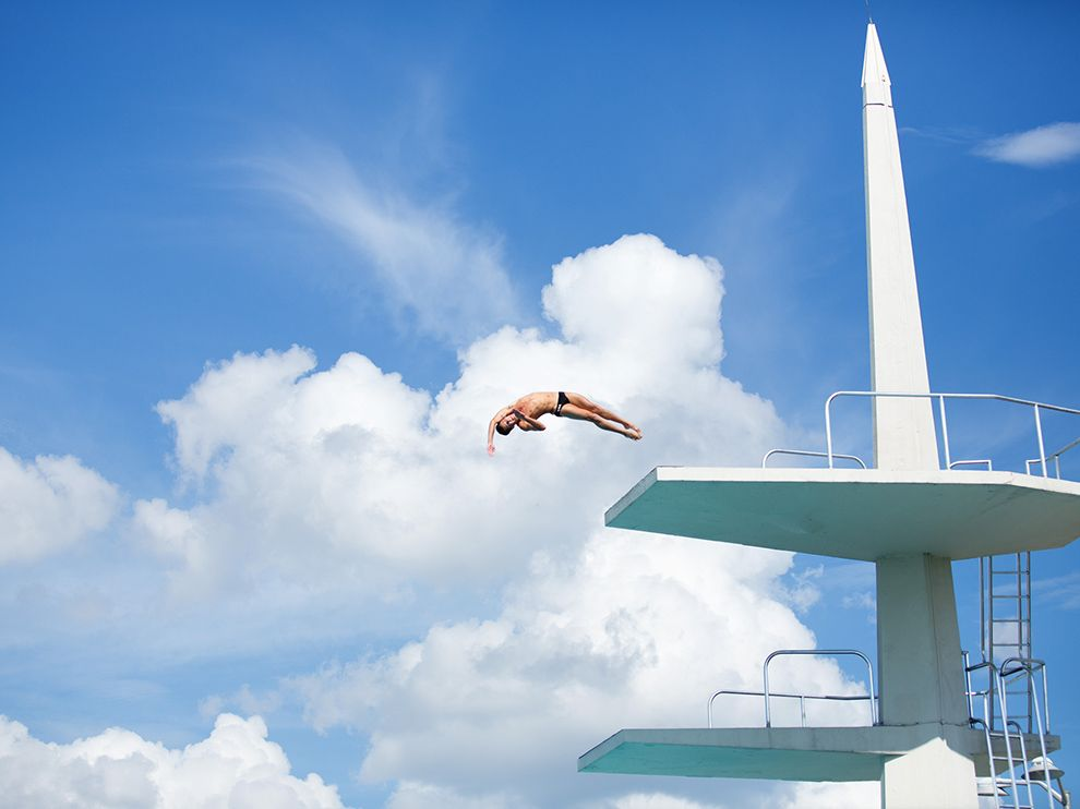Tumblr - diver-miami-sports-clouds_86227_990x742